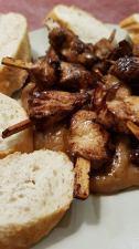 Satay Poulet mit Brot